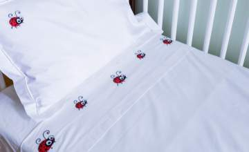 HANDCRAFTED BED LINEN FOR YOUR BABY